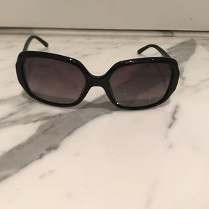🔥LISTED TODAY🔥 Fendi Sunglasses